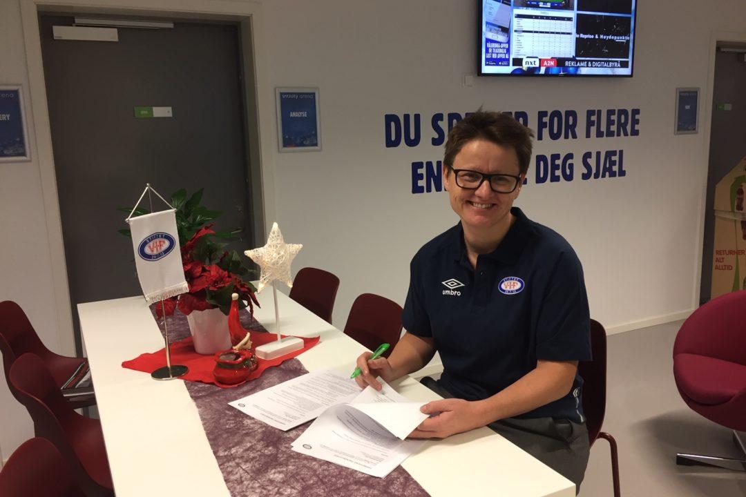 Monica Knudsen forlenger kontrakten