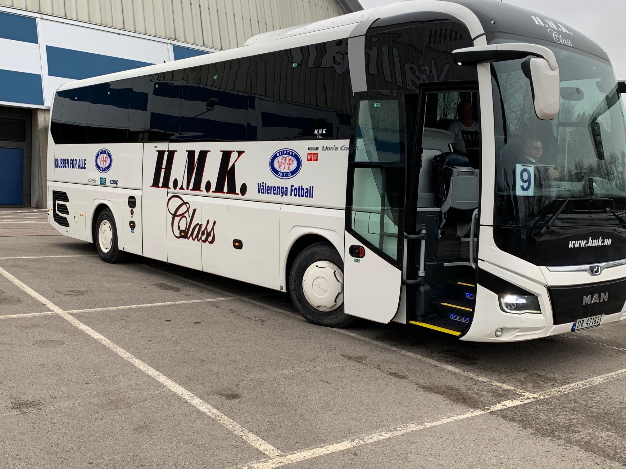 Ta bussen fra Øst til Telenor Arena